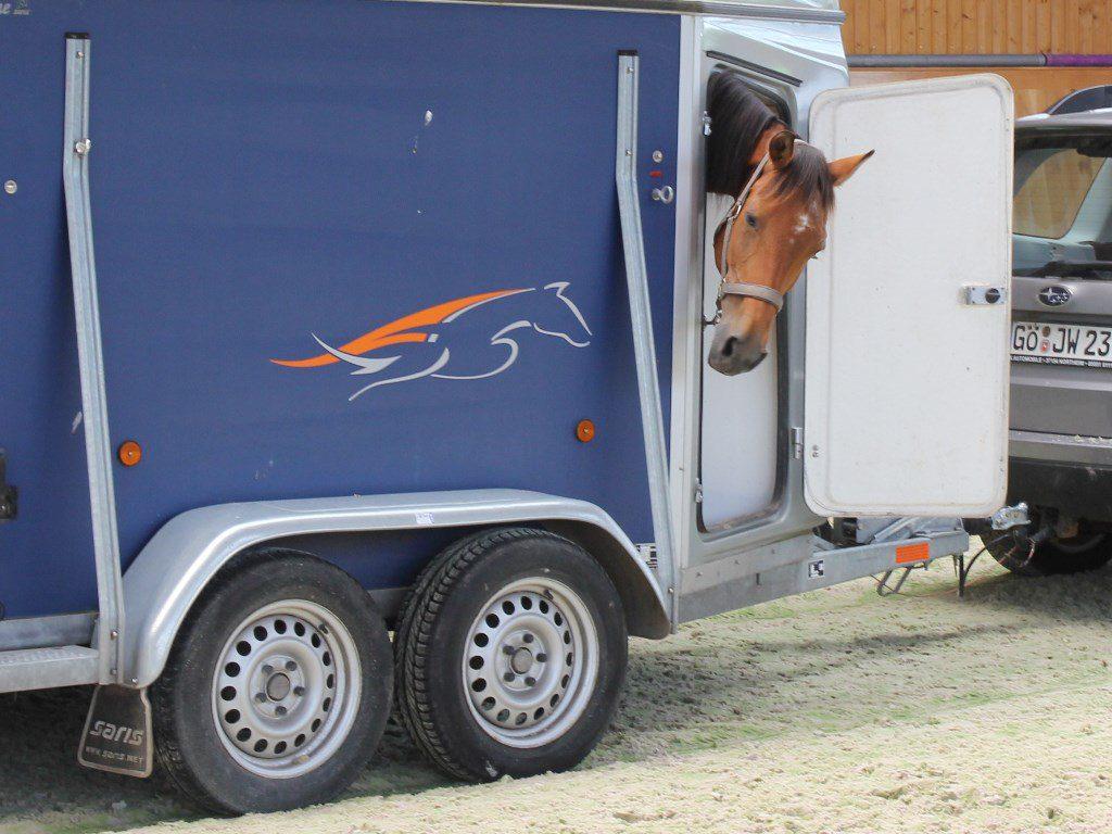 Lkw-Maut: Änderung betrifft auch Pferdesportler - Pferdebetrieb
