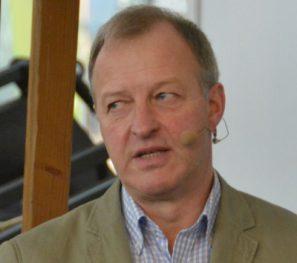 Uwe Karow, Betriebsberater und Vorstandsmitglied der Bundesvereinigung der Berufsreiter.