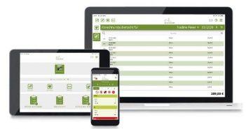 Das Bild zeigt zwei Tablets und ein Smartphone. Auf allen mobilen Geräten ist die Pferde App installiert.