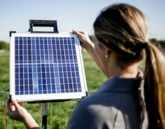 AKO Weidezaungeräte Solar