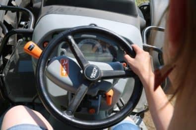Bedienelemente Deutz-Fahr Kompakttraktor